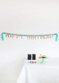 DIY Fringe Banner and Birthday Giveaway – Persia Lou DIY Birthday Banner – easy to customize – love the fringe! Bee Crafts, Vinyl Crafts, Easy Crafts, Paper Crafts, Cool Diy Projects, Craft Projects, Craft Ideas, Diy Ideas, Diy Birthday Banner