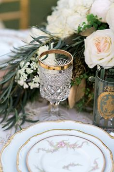 French Inspired Wedding Inspiration - www.theperfectpalette.com - Pauline Conway Photography, Cheri's Vintage Table, Boho Chic Florals
