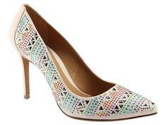 tendências em estampas [sapatos]  Marca: Schutz  Foto fornecida pela assessoria de imprensa da marca.