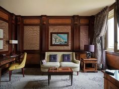 First Class Hotel, Dorchester Collection, Extra Bed, Double Room, Comfy Bed, Smoking Room, King Beds, Luxury Furniture, Swimming Pools