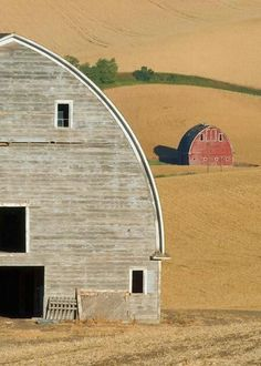 Photo Contest Finalist - Two barns in the Palouse, Washington. Photographed by Jason Zabriskie (Seattle, Wa) Country Barns, Country Life, Country Living, Country Roads, Farm Barn, Old Farm, Champs, Barns Sheds, Country Scenes