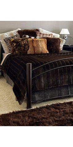 Custom Faux Fur Bed Comforter - Buy Fake Fur Bedding | Fabulous Furs