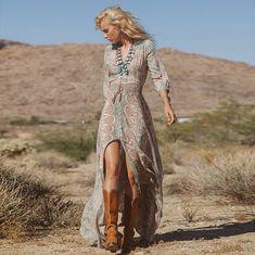 28 Great Boho – Bohemian Style Ideas For Summer - Fashion Outfit Ideas Gypsy Style, Bohemian Style, Hippie Style, Hippie Bohemian, Hippie Masa, Bohemian Shoes, Bohemian Summer, Boho Gypsy, Bohemian Hair
