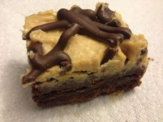 Latest Recipe from amazing desert specialist Kiriel, owner of Kreations by K! She doesn't post often, but when she does, it is defineitly a post worth reading. Just Desserts, Delicious Desserts, Yummy Food, Fun Food, Yummy Treats, Sweet Treats, My Favorite Food, Favorite Recipes, My Recipes