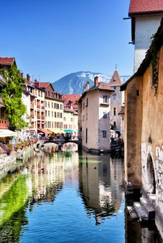Annecy, France - I know this isn't Paris, but it is in France and I found it while searching for beach towns. I've only seen a few pictures, but I'm already in love with this place. I desperately want to visit Annecy. Places Around The World, Oh The Places You'll Go, Travel Around The World, Places To Travel, Places To Visit, Dream Vacations, Vacation Spots, Annecy France, Ville France