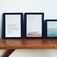 """⚓️ Must sea. Klik ind og se vores nye serie """"I need Vitamin Sea"""" 👉🏻 hjemhavn.dk #hjemhavn #vitaminsea #plakat #plakater #rammer #julegaveide #interiør #bolig #nordiskehjem"""