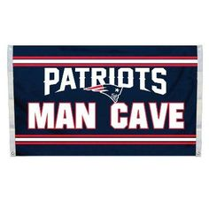 """This officially licensed Patriots flag is made of durable 100% polyester and is designed with 2 heavy-duty metal grommets so it is easy to hang and fly. These high-quality banner flags read """"New Engla"""