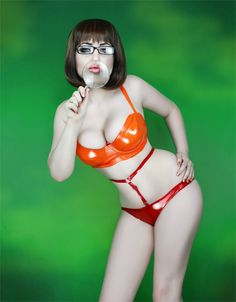 Ivy Tenebrae as Velma from Scooby Doo