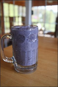 Smoothie/Shake: Blueberry Oatmeal Smoothie - easy and yummy. Yummy Drinks, Healthy Drinks, Healthy Cooking, Healthy Snacks, Healthy Recipes, Ninja Recipes, Healthy Eats, Delicious Desserts, Yummy Food