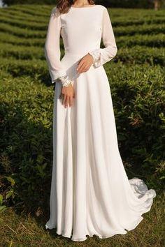 Crepe Wedding Dress, Boho Wedding Dress, Crepe Dress, Wedding Dress Simple, Winter Wedding Dresses, Pastel Wedding Dresses, Boat Neck Wedding Dress, Hijab Wedding Dresses, Wedding White