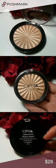 Ofra Rodeo Drive Highlighter Beautiful golden highlighter. This product has never been used. I have a second one and I absolutely love it. OFRA Makeup Luminizer