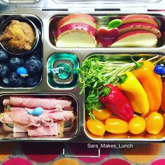 Thank goodness I was finally able to get to the grocery store after work today! Wednesday's @planetbox lunch for my daughter includes rosemary ham roll-ups, ginormous blueberries next to a homemade blueberry muffin, sliced Macintosh apples, pea shoots, peppers, and tomatoes. Happy packing! #healthylunch #bento #eattherainbow #planetbox #organic #healthykids #justeatrealfood #packedlunch #healthyfoodporn  #produceforkids #schoollunch #cleaneats  #eatyourveggies  #veggies #eatlocal #buylocal…