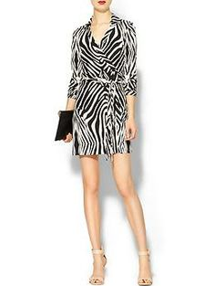 Inspiration: black animal print wrap dress + nude sandals + clutch
