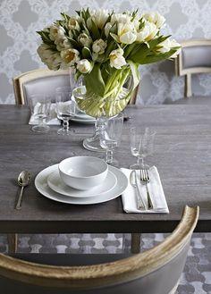 Color de mesa y acabdo de madera