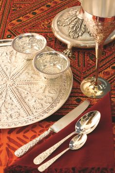 Silversmith exclusives spell sheer opulence...at IHGF Delhi Fair, India #source #sourcing #tableware