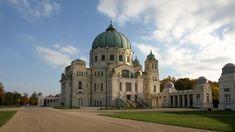 Karl-Borromäus-Kirche nach Max Hegele in the Vienna Central cemetery Art Nouveau, Vienna Secession, Beautiful Park, Cool Wallpaper, Austria, Cemetery, Free Images, Taj Mahal, Castle
