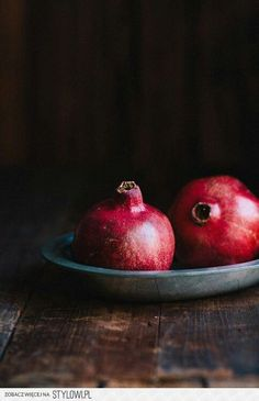 pomegranate / romã