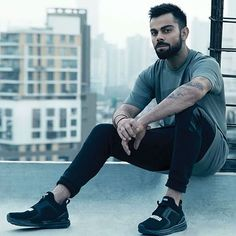 Virat Kohli, the name that echoes across continents for his batting and Aggression. Captain of Team India stands fit among all the playing. Virat Kohli And Anushka, Virat Kohli Wallpapers, Cricket Update, Bae, Cricket Sport, Cricket Games, Sr K, Mr Perfect, Sports Stars