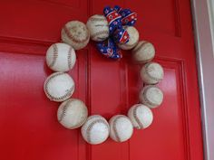 Baseball Wreath by Dickey's Decor-not sure how to make this one, but I'm gonna try.