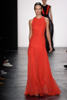 Carmen Marc Valvo at New York Fashion Week Spring 2016 - Livingly