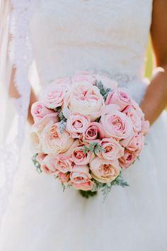 12 bouquets de noiva em rosa claro. #casamento #bouquet #noiva #rosaclaro