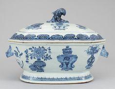Sopeira em porcelana Chinesa de Cia das Indias do sec.18th, Periodo Qianlong…