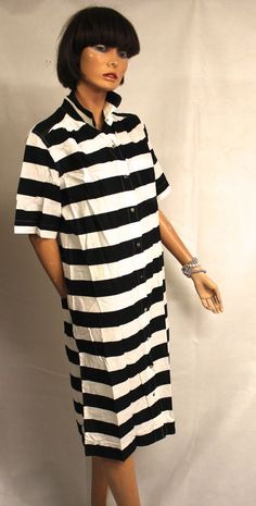 VUOKKO NURMESNIEMI 1970's VINTAGE  STRIPED COTTON DRESS WITH POPPERS M #VUOKKO… Marimekko, Cotton Dresses, 1970s, That Look, Ivory, Stripes, Shirt Dress, Black And White, Retro