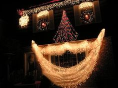 Of all the home businesses out there, Christmas Light Installation businesses may be one of the best kept secrets around. Most people think of hanging Christmas lights as a low paying, low potential, grunt work job, and therefore they Outdoor Christmas Light Displays, Christmas Lights Outside, Christmas Light Installation, Hanging Christmas Lights, Xmas Lights, Christmas Yard, Outdoor Christmas Decorations, Holiday Lights, Christmas Holidays