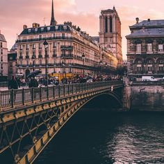 PARIS, Vanilla sky over Ile de la Cite #Paris #France