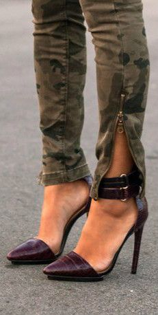 Take the pants away please and give me the shoes - L.A.M.B. Oxley Pumps