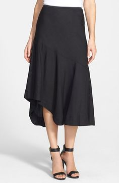 Free shipping and returns on NIC+ZOE 'The Long Engagement' Midi Skirt (Regular & Petite) at Nordstrom.com. A woven linen-blend skirt cut to a below-knee length sashays with style, thanks to a drop-yoke design with an asymmetrical hem panel hiked up to a flouncy ruffle at one side.