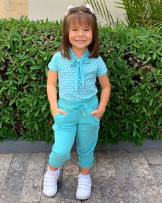 Toddler Girl Style, Toddler Girl Outfits, Kids Outfits, Dresses Kids Girl, Little Girl Outfits, Latest Ankara Styles, Girls Time, Cute Baby Clothes, Baby Sewing