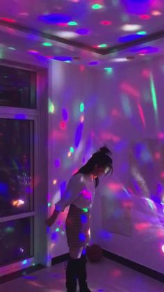 they are awesome 😍 - - they are awesome 😍 windrad flasche USB Party Lights Mini Disco Ball 😍😎 Slumber Parties, Birthday Parties, Dance Party Birthday, Lila Party, 70s Party, Cadeau Couple, New Years Party, New Years Eve Party Ideas For Family, New Years Eve Party Ideas Decorations
