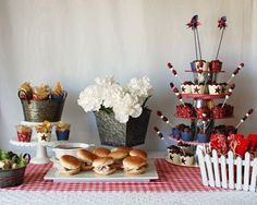 PHOTOS: Labor Day Party Ideas |