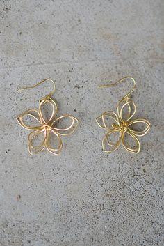 Mina Flower Earring