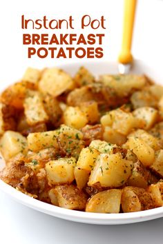 Instant Pot Breakfast Potatoes--seasoned, buttery, cubed potatoes that are perfect to go with a hearty breakfast or when making breakfast for dinner. cooking in the instant pot Instant Pot Pressure Cooker, Pressure Cooker Recipes, Pressure Cooking, Slow Cooking, Best Instant Pot Recipe, Instant Pot Dinner Recipes, Breakfast For Dinner, Breakfast Recipes, Dishes For Dinner
