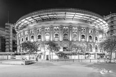 Arenas de Barcelona – black and white