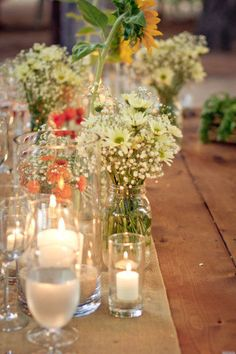 Love the daisies and the mason jars