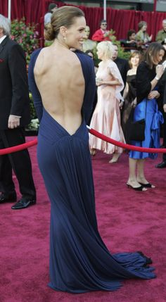 Oscars most iconic - 2005 - Hillary Swank - Guy Laroche