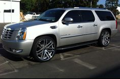 Cadillac Escalade On 24 Inch Rims Find the Classic Rims of Your Dreams - www.allcarwheels.com