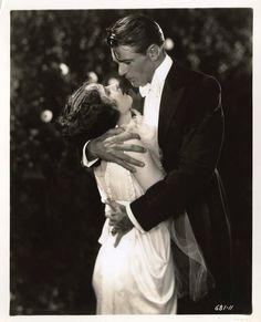 """summers-in-hollywood: """"Fay Wray and Gary Cooper in The Legion of the Condemned, 1928 """" Gary Cooper, Classic Movie Stars, Classic Movies, Hollywood Actor, Classic Hollywood, Hollywood Actresses, Fay Wray, Film World, James Cagney"""