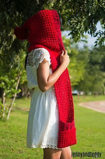 Ravelry: red ridding hood scarf with pocket pattern by jennyandteddy