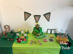 Ideas Para, Mickey Mouse, Kids Rugs, Frame, Home Decor, Birthday Table, Dinosaurs, Party, Picture Frame
