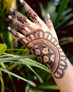 Pakistani Henna Designs, Latest Bridal Mehndi Designs, Dulhan Mehndi Designs, Wedding Mehndi Designs, Mehendi, Henna Art Designs, Mehndi Designs For Girls, Modern Mehndi Designs, Mehndi Designs For Fingers