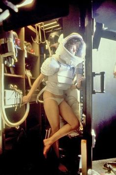 Sigourney Weaver behind the scenes Alien,a 1979 science fiction horror film directed by Ridley Scott