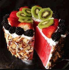 Diese gesunde Torte dauert keine 10 Minuten und stellt jeden Nachtisch in den Schatten.