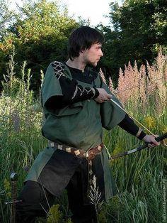 """Для мужчин, ручной работы. Cредневековый костюм """"Лучник"""". Berkanar Studio. Ярмарка Мастеров. Худ"""