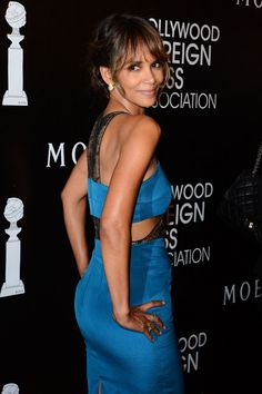 Halle Berry Hollywood Foreign Press Association Annual Grants Banquet in NYC Halle Berry Pixie, Halle Berry Style, Halle Berry Hot, Black Celebrities, Celebs, Hally Berry, Black Goddess, Celebrity Babies, Wedding Humor