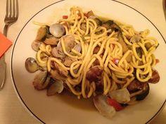 Pici con zucchine e vongole. Le ricette dello Chef del ristorante Giglio Rosso di Firenze. www.ristorantegigliorosso.com