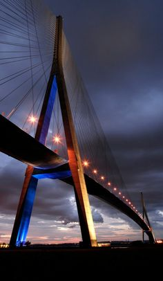 The Pont de Normandie is cabled-stayed bridge that spans the river Siene – linking Le Havre to Honfleur – in Normandy, northern France